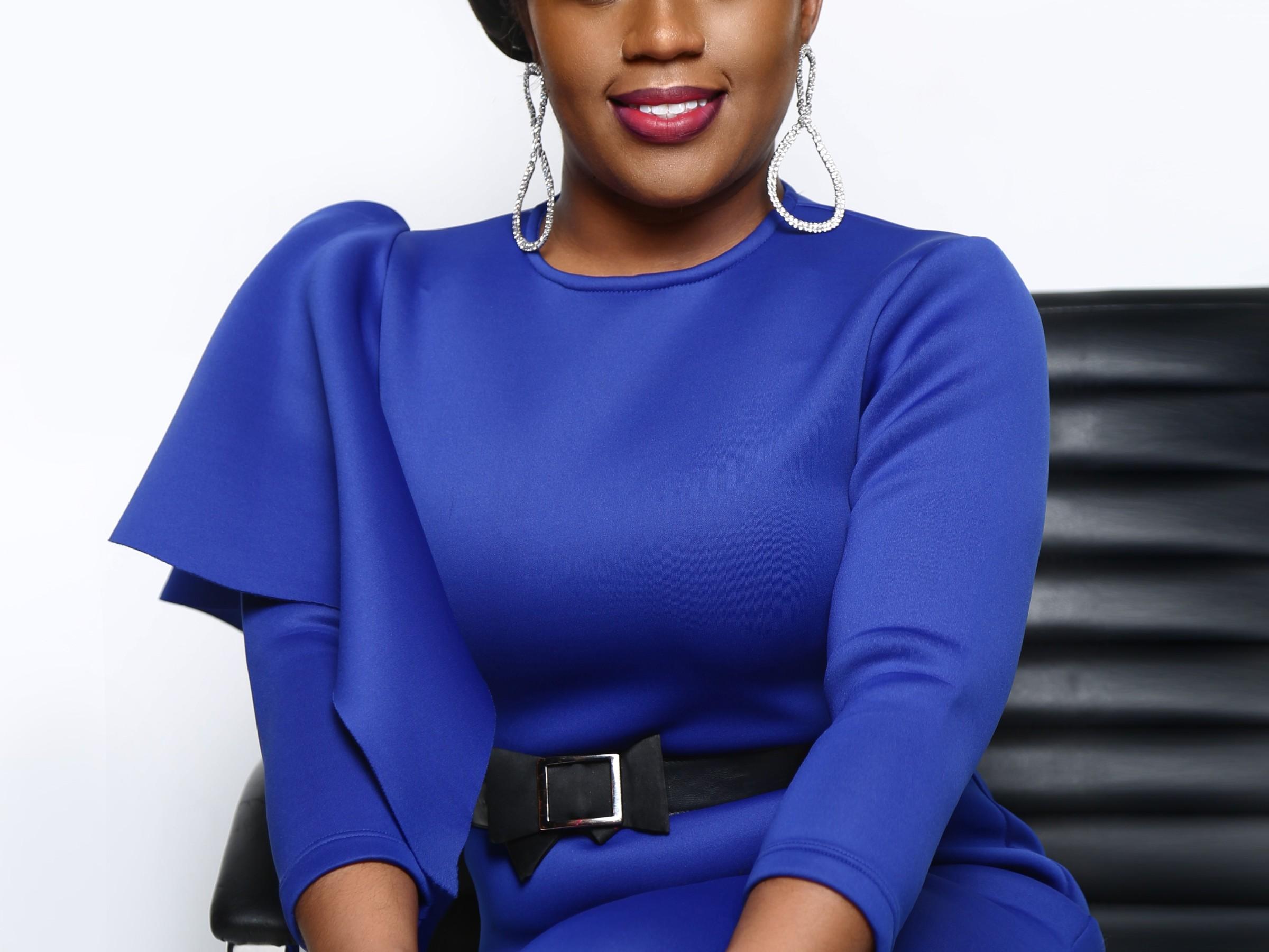 black woman professional photo dee kimbrel