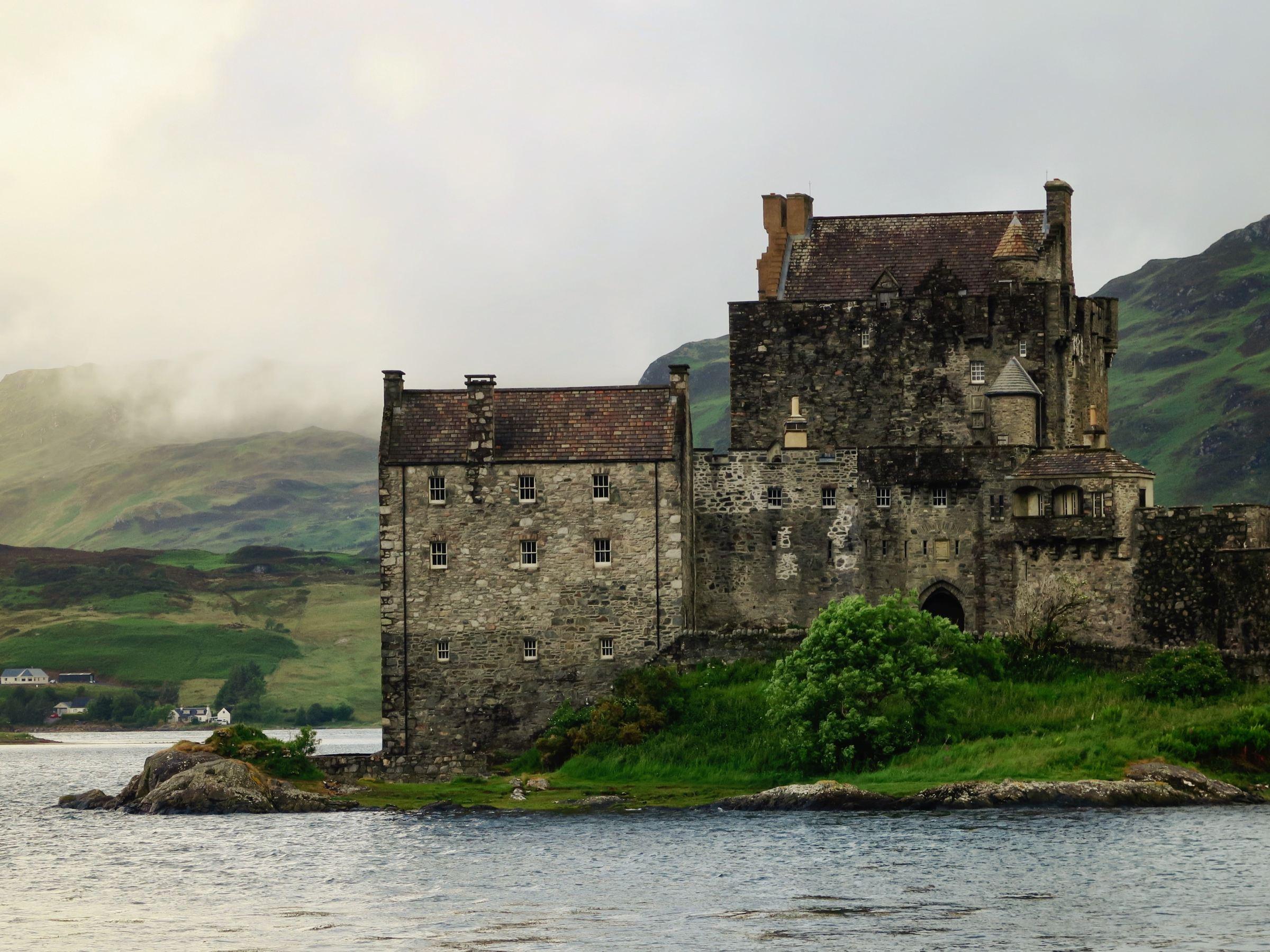 Scotland castle on the shore